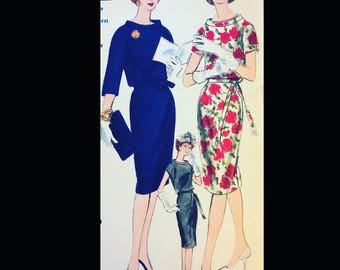 Vintage 60s Vogue  Jackie Sexy Sheath Wiggle Dress Funnel Neckline Classic EASY Sewing Pattern 5311 B36