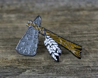 Enamel Pin - Hatchet - Feathers - Tomahawk