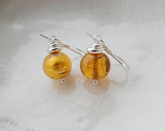 Petit verre de Murano boucles d'oreilles, boucles d'oreilles en verre de ronde de 6 mm
