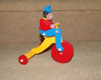Monkey on Tricycle