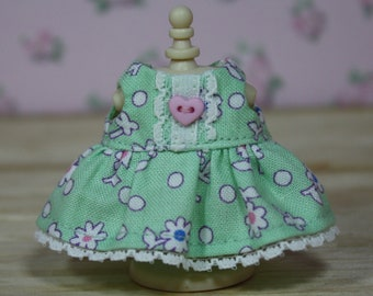 Calico Critters Dress, Mint Green Floral Dress with Lace and Button, Calico Critter Clothing, Calico Critter Clothes, Critter Accessories