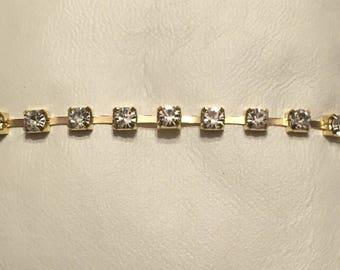 SALE!*  New*Rhinestone bracelet gold