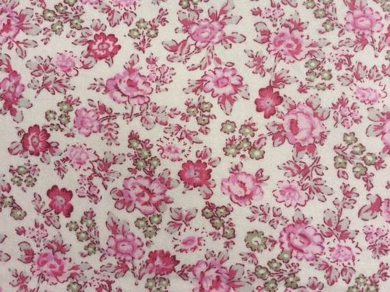 English Pima lawn cotton fabric, priced per 25cm, pink floral