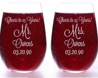 Mr. and Mrs. Anniversary Gift Stemless Wine Glasses Personalized and Dated - Choice of Font and Size