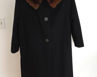 Sears Roebuck Black Coat with Fur (10/12)