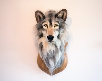 Needle Felted Realistic Life size Wolf Head - Faux Taxidermy, OOAK, Fibre Art, Needlefelted Animal