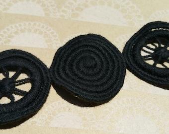 """Black Circle Pattern Trim - Circle Pinwheel Pattern Braid - Vintage Trim - 1 1/2"""" Wide - 3 Yards"""