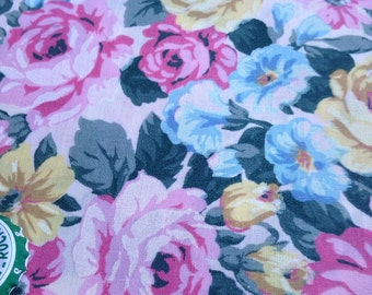 Vintage rose fabric yardage (1 yard)