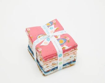 Guinevere Fat Quarter Bundle, 21 Pieces, Rachel Erickson, Riley Blake, Precut Fabric, Quilt Fabric, Cotton Fabric, Novelty Fabric
