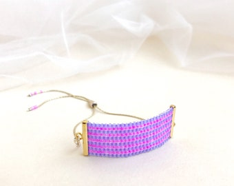 Beadwoven Adjustable Gold Chain Bracelet in Pink and Purple Stripe