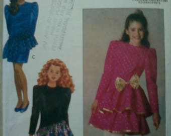 Butterick Vintage Sewing Pattern 5127 for girls dress in sizes 12 & 14.