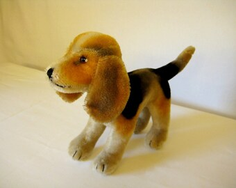 Steiff Vintage Standing Biggie Beagle  -  Rare  -  1958 to 1961 only  -  17cm Model  -  Precious Pup!