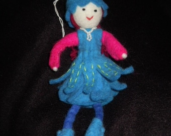Hand-dyed doll for playing or hanging - designed in Germany, handcrafted from Nepal