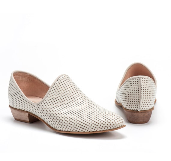 Shoes Wooden White Leather Cream Heels Perforated Every Comfortable Leather Shoes Flat Women Shoes Charlie Shoes Shoes Shoes Day xBx6nAOw