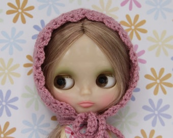 Blythe vintage pink crochet bonnet / hat/ helmet