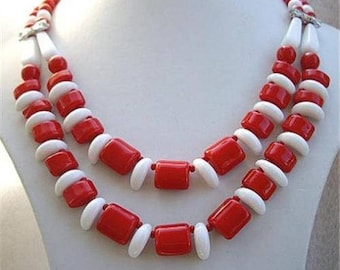 Vintage Chunky Red & White Bead Drape Necklace - 40's