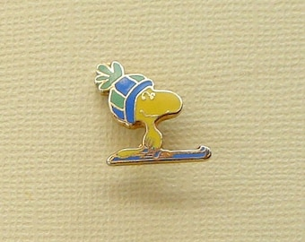 Vintage Snoopy  Woodstock Skiing in Blue and Green Hat Scatter Pin Lapel Pin Clutch Pin  Enamel Cloisonne 2118