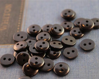 100 pcs Small 2 Hole Shiny Black Buttons (BKB294)