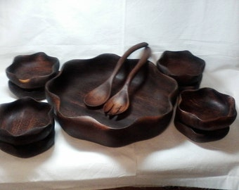 Monkeypod Salad Bowl with 8 Individual bowls & 2 serving pieces