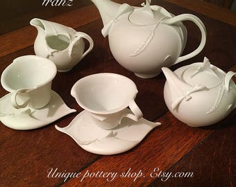 "A ""Franz"" classic, Matt white tea set for two."