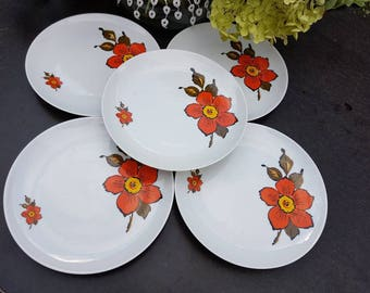 Vintage//Set of 5 dishes//breakfast//lunch//1960//flowers//second hand dealer//retro////oranje//serve//in good condition