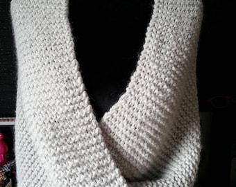 Shoulder warmer - hand knitted in wool - woman teen-fall winter - shawl - scarf - hood - snood p