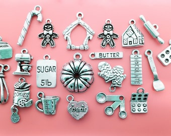 Christmas Baking Charm Set / Collection Antique Silver 21 Holiday Cooking Charms Pendants / Jewelry making