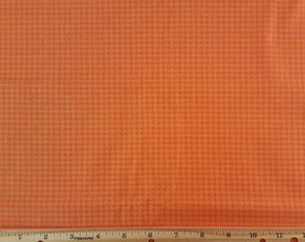 Free Spirit Fabrics * Designer Essentials Houndstooth in Orange * Orange fabric * 100% Cotton * 1/2 Yard