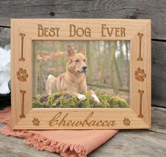 Perro nombre marco grabado en madera - hueso de perro personalizado ...
