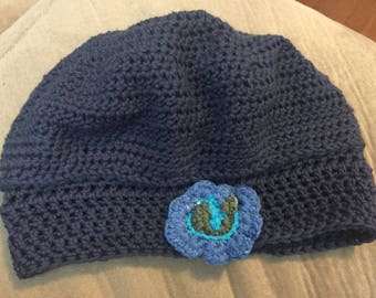 Little girls beenie. This will fit a little girl around 5-6.