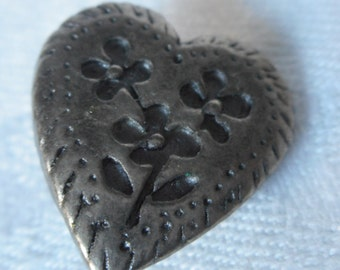 VINTAGE Realistic Heart with Flower Silver Metal BUTTON