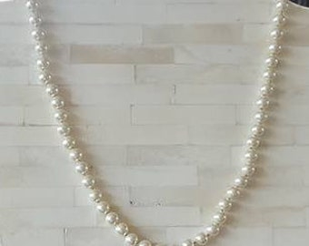"""Faux Pearls / 21"""" / 8 - 8.5mm / Knotted"""