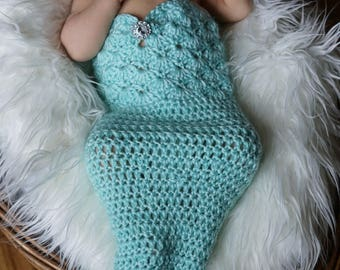 Crochet Mermaid Outfit / Newborn Mermaid Outfit / Newborn Photo Prop / Mermaid Costume / Crochet Mermaid