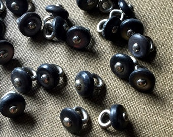 Black Shell Buttons 8mm Vintage Black Buttons Mussel Shell Buttons MOP Buttons Package of Ten Pieces FB1802