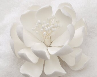 "3"" White Gumpaste Lotus Flower"
