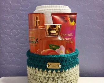 Round Medium Crocheted Basket, Medium Basket, Medium Handmade Basket - Ready to Ship