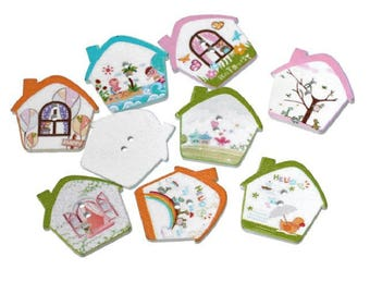 5 beautiful House 2 holes of different colors wooden buttons