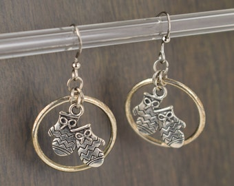 Christmas Mitten Earrings, Christmas Holiday Earrings, Silver Ring Dangle Earrings, Holiday Jewelry, Holiday Gift for Her - E170105
