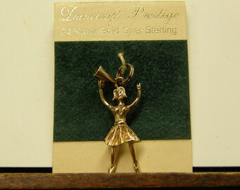 Beautiful 24k Over Sterling Silver Cheerleader Pendant Set - Nice - Never Worn - Signed