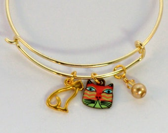 SALE! Gold cat face charm stackable bangle, sitting kitty charm bracelet, pink and green enamel cat charm bangle, pearl and crystal