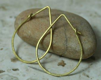 Handmade solid brass drop shape hoop earrings, one pair (item ID LEB123G18)