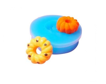 Miniature donut spiral mold