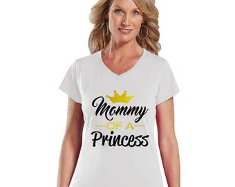 Mommy of a Princess Women's Modern Fit V-Neck T-Shirt