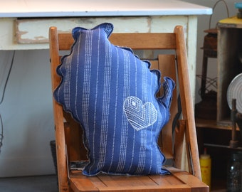 Wisconsin Shaped Pillow - Blue with Vertical Dot Stripes - 91