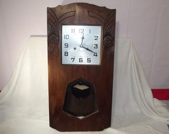 Delightful Beautiful Vintage French Art Deco Wall Clock  Circa 1930u0027s  Runs!