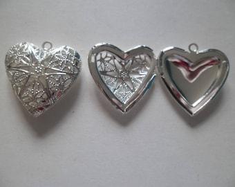 1 Locket 27 mm silver filigree heart