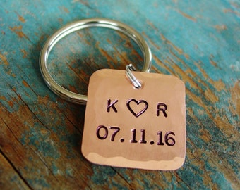 Couple Initials Keychain, Date Key Chain, Personalized Gift, Hand Stamped, Copper Gift, 7th Anniversary, Gift for Him, Husband Gift, Unisex