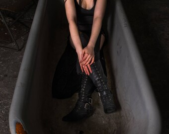 Lingering Cruelty - Urban Exploration- urbex, model, goth, punk, dangerous, asylum, psychiatric, lunatic, abandoned