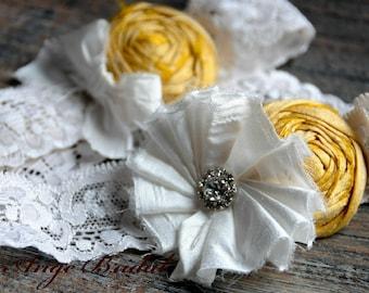 SILK Garter set in Sunny Yellow/ Wedding Garter/ Garter Set/ Bridal Garter/ Dupioni Silk/Vintage Wedding Garter