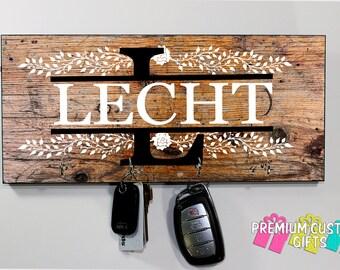 Family Name Personalized Key Hanger - Wedding, Holiday, and Anniversary Gift - Custom Monogram MDF Key Holder - Housewarming - Design #KH151
